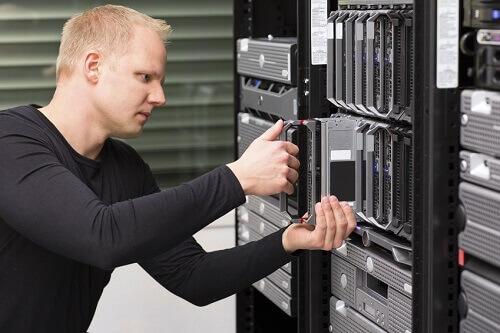 Webspace Anbieter beim Austausch der Hardware